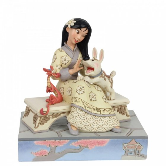 Honourable Heroine (Mulan Figurine)