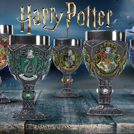 Wingardium Leviosa Enesco presents new Harry Potter Bookends and are expected to fly off shelves!