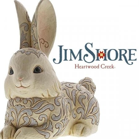 Bring the inside outdoors with woodland friends!  Enesco launches new garden statues into Heartwood Creek Collection